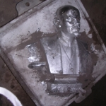 alumínium szobor
